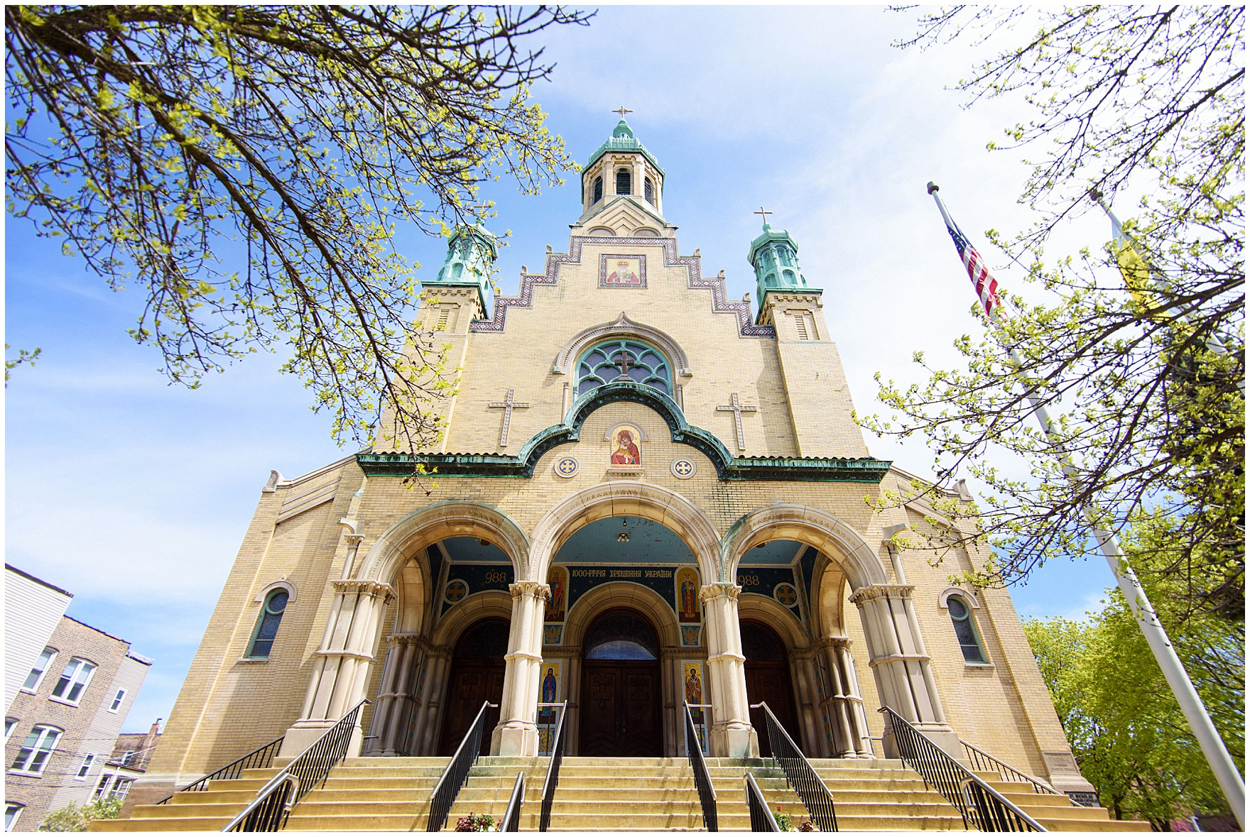 The exterior of the church, for a St. Nicholas Ukrainian Church and downtown Chicago East Bank Club wedding.