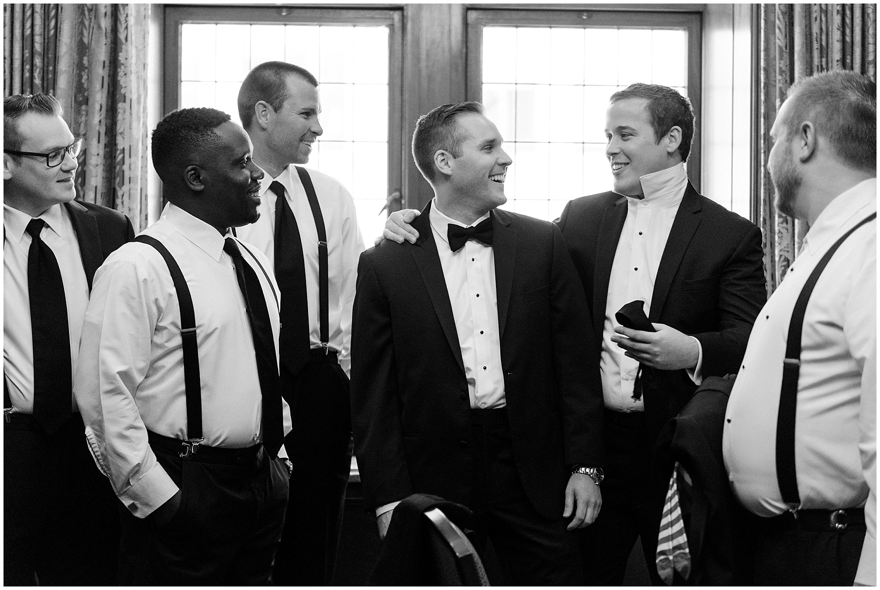 The groom and groomsmen get ready for a University Club of Chicago wedding.