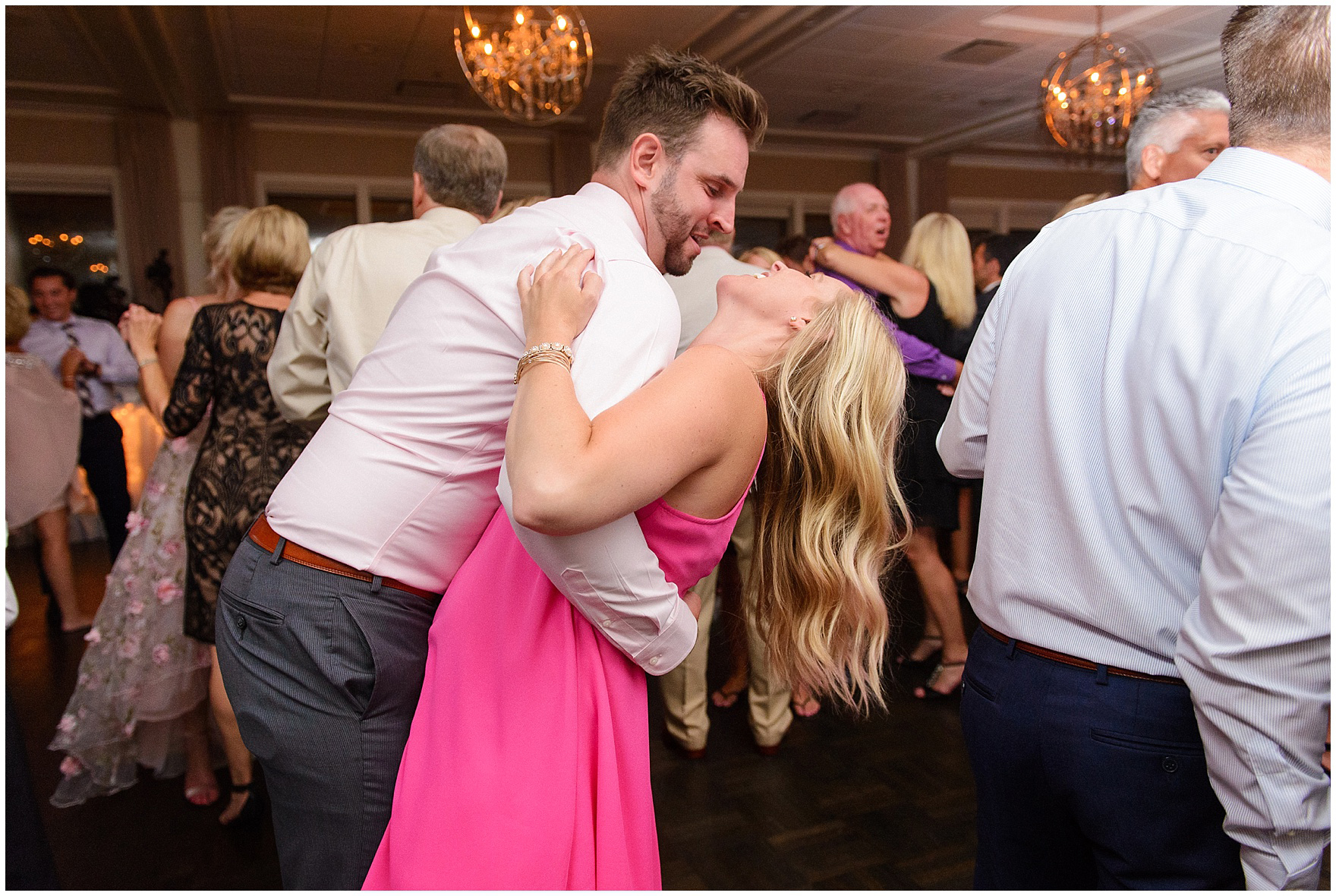 Guests dance at an Itasca Country Club Illinois wedding.