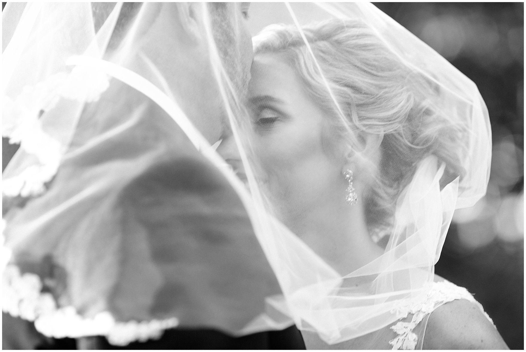 The bride and groom share a quiet moment during a Glen Club Glenview Illinois wedding.
