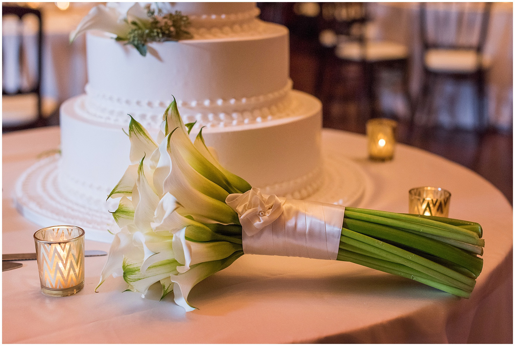 A calla lily bouquet for a Newberry Library Chicago wedding reception.